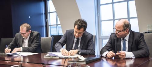 Wim Guilliams (CFO AG) - Hans De Cuyper (CEO AG) - Yvo Vermeylen (Conac)