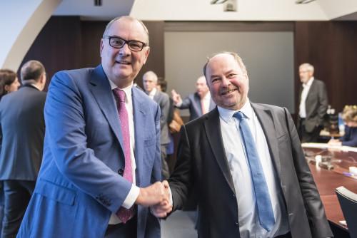 Jean-Michel Kupper (AG Employee Benefits) - Yvo Vermeylen (Conac)